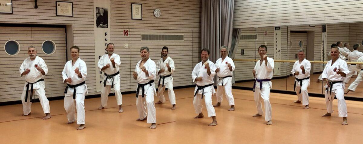 Karateka Gruppenbild